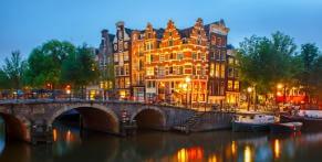 Mit dem Nachtbus nach Amsterdam